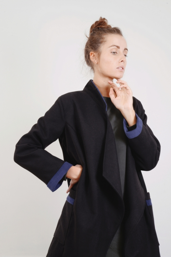 Manteau, caban, kimono, noir, laine, hiver, winter, couture, made in france, dressing, mode, bleu, overzise, long